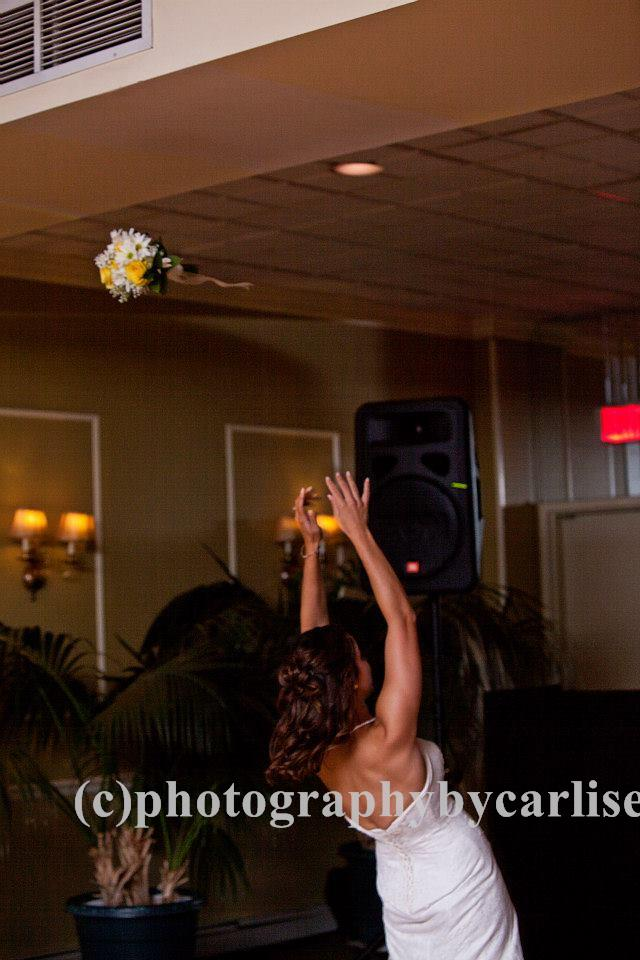 Wedding Bouquet Toss Song Ideas
